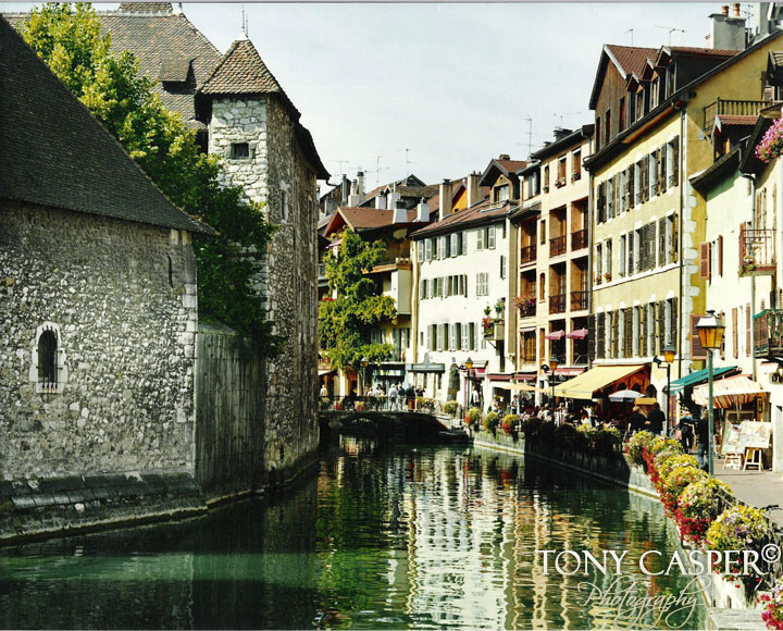Annecy Reflection